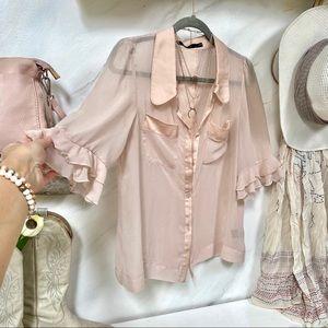 Sweet sheer Blush pink BOHO blouse w ruffles 💗✨
